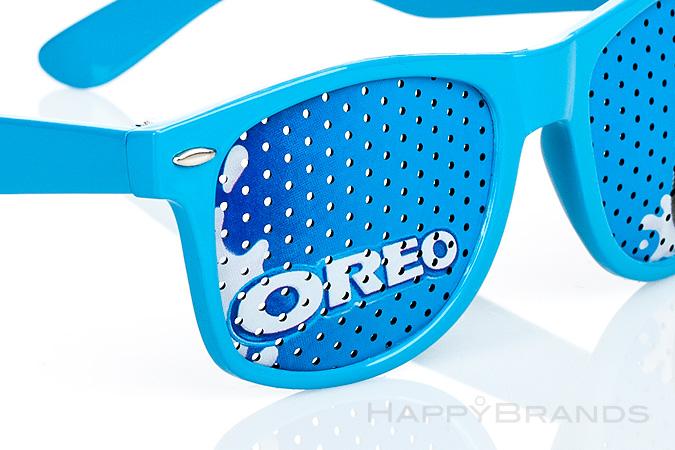 09-Sonnenbrille-mit-bedruckten-Glaesern