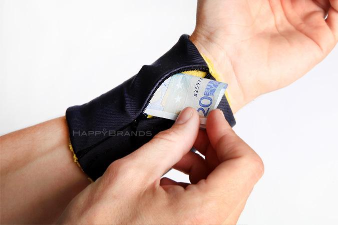 18-Handgelenk-Portmonee-Give-Away