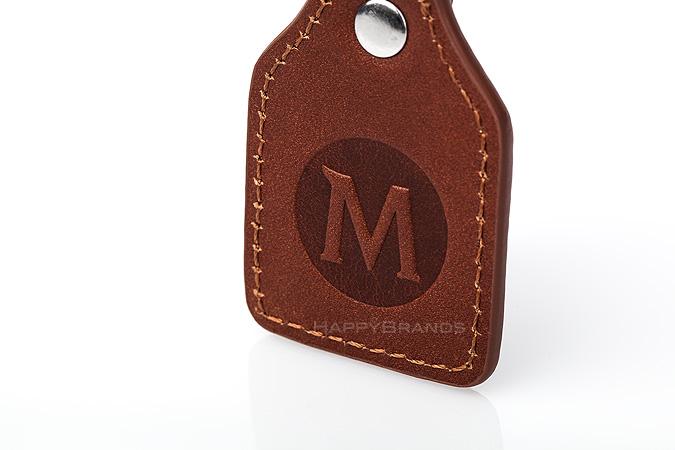 5-Schluesselanhaenger-aus-Leder-Merchandising