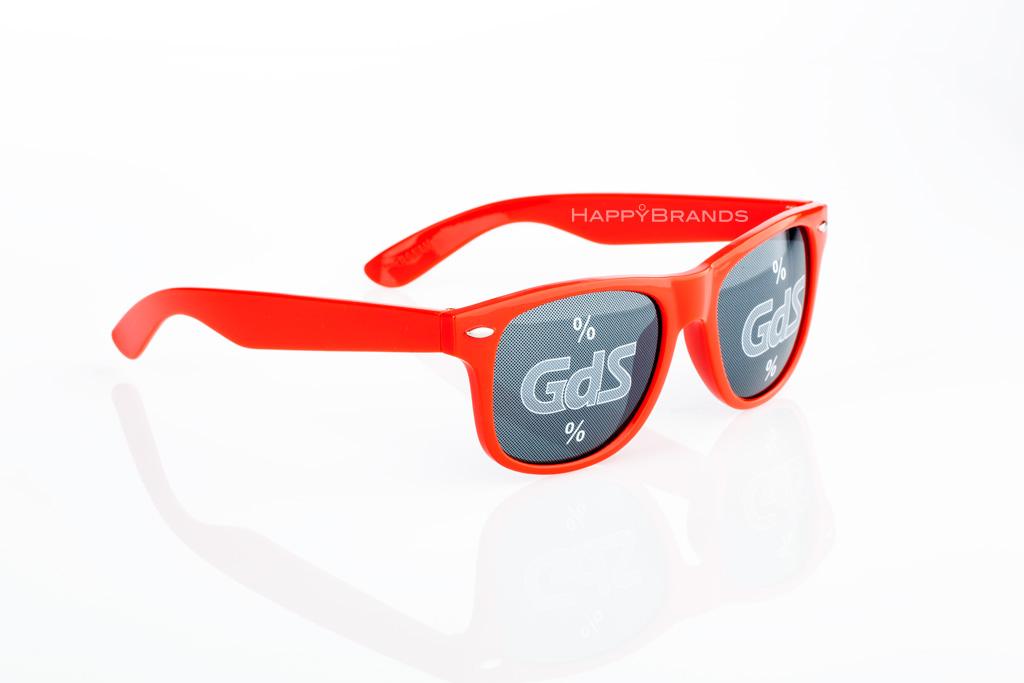 Promo-Sonnenbrille-mit-Logoglaesern-_Werbebotschaft-1024