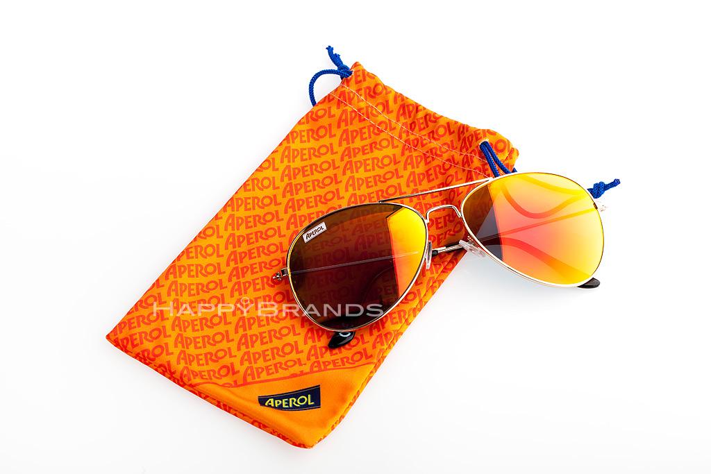 Werbe-Sonnenbrille-mit-bedrucktem-Beutel-1024
